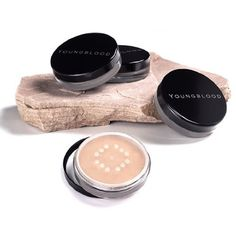 Youngblood Loose Mineral Foundation, Cool Beige, 10 Gram Youngblood Mineral Cosmetics,http://www.amazon.com/dp/B00025G034/ref=cm_sw_r_pi_dp_2hh-sb1Q5A1GDGJW