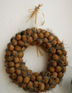 walnut wreath - Hledat Googlem