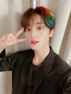 Rainbow Boys, Rainbow Hair, Pelo Ulzzang, Pre Debut, K Pop Star, Golden Child, Starship Entertainment, Korean Celebrities, Mamamoo