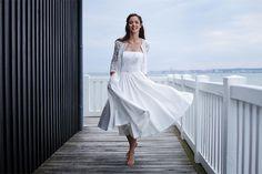 Marie Laporte - Robes de mariée - Collection 2016 - Paris | Modèle: Jeanne | Crédits: Marie Laporte | Donne-moi ta main - Blog mariage