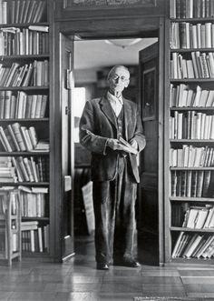 """Hermann Hesse: """"Glaube und Zweifel bedingen einander wie Ein- und Ausatmen; sie gehören zusammen."""""""