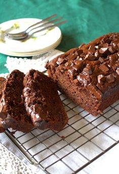 I'd Much Rather Bake Than...: Double Chocolate Chunk Courgette Loaf Cake