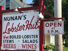 """If Kennebunkport is one of the most well-recognized places in Maine, Cape Porpoise might actually the most quintessentially """"Maine."""" It's where you'll find Nunan's Lobster Hut for perfect Maine seafood. Live Maine Lobster, Maine Seafood, Lobster Stew, Lobster Salad, Fried Clams, Kennebunkport Maine, Visit Maine, Fun To Be One"""
