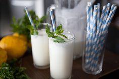 Quer refrescar a sua #LimonadaSuíça com muito mais saúde? Então experimente acrescentar o Iogurte TopTherm em sua receita! Fica uma delícia! Confira o Programa Mulheres de hoje ;)