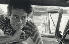 Garry Winogrand  http://www.enricobossanmasterclass.com/garry-winogrand-photographer-of-the-week/