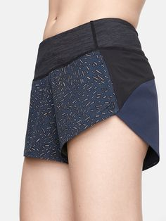 Ultra lightweight short with compression waistband and built-in liner. Designed with the serious sprinter in mind.