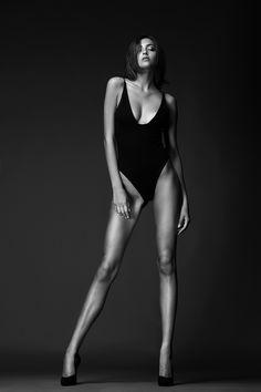 Erika Albonetti model - null