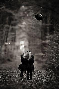 Photo from Halloween Melina & Mia collection by Aleksandra Elser Fotografie Jon Snow, Game Of Thrones Characters, Halloween, Fictional Characters, Collection, Art, Jhon Snow, Art Background, John Snow