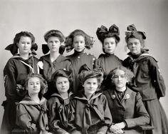 Gunston Hall Preparatory School c.1905.