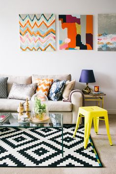 Spring season is the time to break out the bright and cheerful decor