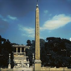 The obelisk in the center of Piazza del Popolo. It's transferred from the Circus Maximus by Domenico Fontana on the order of Sixtus V. Circus Maximus, Burj Khalifa, Rome Italy, World, Building, Photography, Travel, Rome, The World
