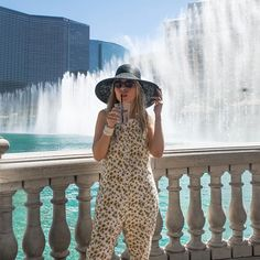 Yes, it was hard to hold myself from jumping into that fountain 💦💦 . . . #tbt #vegasbaby #ootd  #outfitoftheday #wiw #instastyle #todayimwearing #fashion #style #styleiswhat #streetstyle  #theeverygirl #everydaymadewell #fashioninsta #fashiondaily #fashionaddict #draclothing #jumpsuit #darlingmovement #darlingweekend #fountain #traveler #falifotravels #fblogger #bloggerstyle #блог #блоггер #модно