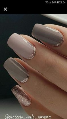 25 Elegante Nageldesigns 25 Elegante Nageldesigns The post 25 Elegante Nageldesigns & Nageldesign & Nail Art & Nagellack & Nail Polish & Nailart & Nails appeared first on Nail designs . Gold Manicure, Rose Gold Nails, Manicure And Pedicure, Manicure Ideas, Wedding Manicure, Wedding Nails Art, Rose Gold Gel Polish, Gold Sparkle Nails, French Pedicure