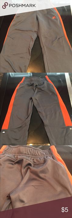 Boys athletic pants Boys Russell lightweight athletic pants. There is a snag on the back side as shown in the third picture. Bottoms Sweatpants & Joggers