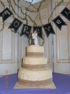 Burlap and twine rustic wedding cake