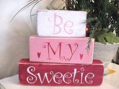 Primitive Valentine Shelf Blocks Be My Sweetie Hearts | eBay