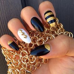 45 Pointy Almond Nail Designs worth Trying - Nagel Design Gold Nails, Stiletto Nails, White Nails, Great Nails, Cute Nail Art, Hair And Nails, My Nails, Unicorn Nail Art, Almond Nails Designs