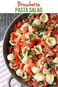 This Bruschetta Pasta Salad is a perfect summer side dish. Loaded with tomatoes,… This bruschetta pasta salad is a perfect summer side dish. Loaded with tomatoes, basil, parmesan and pasta, this salad is a must! Vegetarian Recipes, Cooking Recipes, Healthy Recipes, Easy Recipes, Healthy Dishes, Healthy Meals, Bbq Recipes Sides, Delicious Recipes, Summer Pasta Salad
