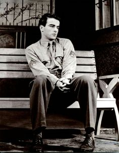 Get This Special Offer Montgomery Clift Photo Old Hollywood Movies, Vintage Hollywood, In Hollywood, Classic Hollywood, Old Movies, Vintage Movies, Judgment At Nuremberg, Divas, Disney Horses