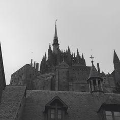 mont saint michel church architecture Archi Design, Church Architecture, Mont Saint Michel, Barcelona Cathedral, Saints, Building, Santos, Buildings, Construction