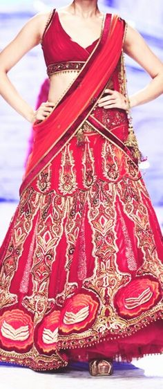 Red bridal lehenga. Indian wedding lehenga. Indian wedding J J Valaya 2013 #shaadibazaar #weddings