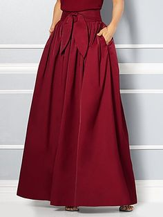 Shop Eva Mendes Collection - Mari Maxi Skirt . Find your perfect size online at the best price at New York & Company. Red Dress Pants, Dress Skirt, Maxi Skirts, Long Skirts, Tartan Fashion, Fashion Outfits, Womens Fashion, Eva Mendes Collection, Skirt Pattern Free