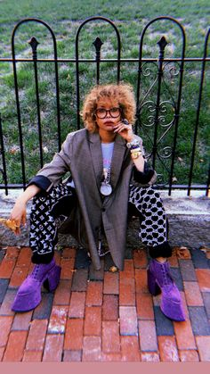 Erykah Badu Takes Her Love of Customized Clothing to the Next Level Afro Punk Fashion, Black Hippy, Black Girl Aesthetic, Vintage Black Glamour, Streetwear Brands, Fashion Killa, Colorful Fashion, Fashion Pictures, Editorial Fashion