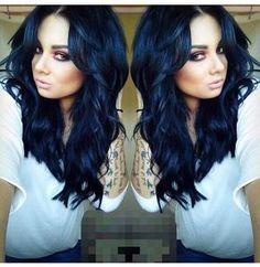 Saiba como ter um cabelo preto azulado