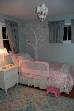 little girl bedroom ideas and adorable canopy beds for toddler girls diy decorating. Black Bedroom Furniture Sets. Home Design Ideas