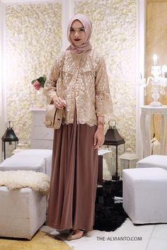 Super Ideas Fashion Show Dress Chic Fashion Show Dresses, Modest Fashion, Fashion Outfits, Dress Fashion, Kebaya Hijab, Kebaya Dress, Kebaya Muslim, Dress Clothes For Women, African Dresses For Women