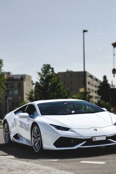 Lamborghini Huracan in the best colour to have it in I think personally...