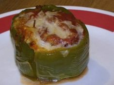 Crockpot Stuffed Bell Peppers Stuffed Bell Peppers (crock-pot) *cook time should be hours on low, at they will implode - yummy, just not pretty. I used this recipe but cooked them in the oven. Its a keeper! Slow Cooker Beef, Slow Cooker Recipes, Crockpot Recipes, Cooking Recipes, Great Recipes, Favorite Recipes, Yummy Recipes, Recipies, Healthy Recipes