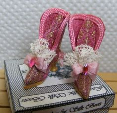 Miniature Pink Silk Dolls House Boots by OdinsMiniatures Barbie Shoes, Doll Shoes, Gold Silk, Pink Silk, Silk Brocade, How To Make Shoes, Fashion Dolls, Pink And Gold, Miniatures