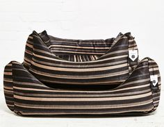 IMANII The perfect combination of design, function and comfort in dog accessories. Dogbed, Hundekorb ,Stripy Spencer' www.imanii.com