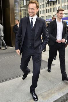 TH in a suit.....stop it!!