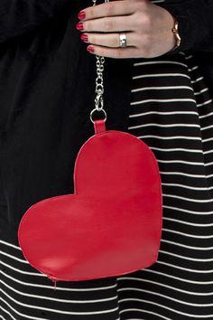 DIY Heart Wrist Bag