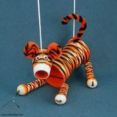 Tiger Crafts For Kids Paper Towel Roll Crafts, Toilet Paper Crafts, Tiger Crafts, Animal Crafts, Food Art For Kids, Diy For Kids, Puppets For Kids, Puppet Crafts, Tiger Art
