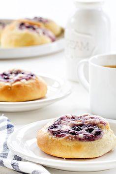 Brunch Recipes, Gourmet Recipes, Dessert Recipes, Cake Recipes, Sweets Recipe, Bread Recipes, Breakfast Recipes, Raspberry Cake, Savory Breakfast
