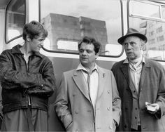 Rodney (Nicholas Lyndhurst), Del Boy (David Jason) and Grandad (Leonard Pearce)