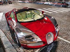Devilishly Seductive Bugatti Veyron