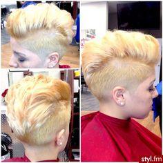 Fryzury Krótkie Wieczorowe Proste Irokez damski Blond