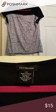 Calvin Klein Top Calvin Klein Black and White Blouse. It is like new! Calvin Klein Tops Blouses
