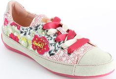 Desigual női félcipő | Desigual Webáruház | Pumps és Félcipő Webáruház | Lifestyleshop.hu Wedges, Pumps, Sneakers, Shoes, Fashion, Choux Pastry, Trainers, Moda, Shoes Outlet
