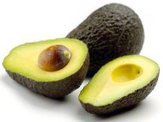 """""""Zo Veel Lekkerder Wanneer Zelfgemaakt!"""" De basis van de guacamole bestaat uit een mengsel van geprakt vruchtvlees van avocado's, limoen- of citroensap en zeezout. Andere mogelijke smaakmaker…"""
