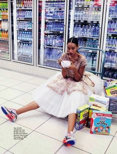 Fresh Produce: Dominique And Adau Mornyang By Damon Fourie For Elle South Africa. - Fresh Produce: Dominique And Adau Mornyang By Damon Fourie For Elle South Africa July 2014 - Foto Fashion, Fashion Shoot, New Fashion, Editorial Fashion, Runway Fashion, Fashion Trends, Africa Fashion, Ladies Fashion, Trendy Fashion