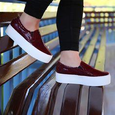 Bordo Loafer - Ayakkabı Çanta Dükkanı Vans Classic Slip On, Loafers, Sneakers, Shoes, Fashion, Travel Shoes, Tennis, Moda, Slippers