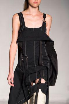 Anne Sofie Madsen at Paris Fashion Week Spring 2016 - Details Runway Photos