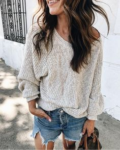 Sweater and shorts outfit idea