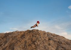 A Completely New Style Of Photograpgy - Flying Baby By Rachel Hulin   flipopular