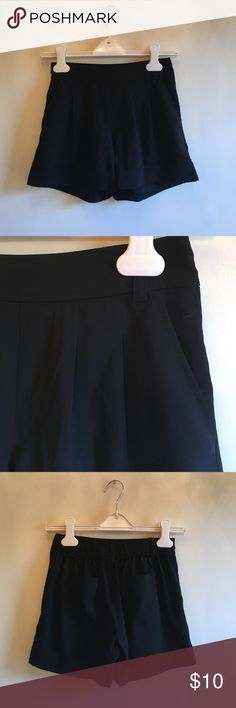 Black dress shorts Black dress shorts with pockets belt holes and cinches in the back! Frenchi Shorts